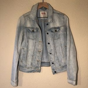 Mossimo light wash jean jacket